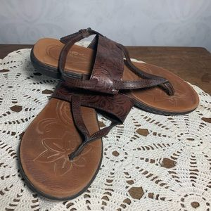 B o c sandal leather strap tooled T 1105